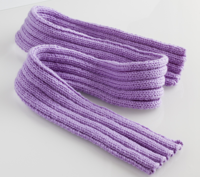 Ribbed Scarf in Pure Fine Merino Wool knitting pattern - get it free from Knitting Yarns by Mail