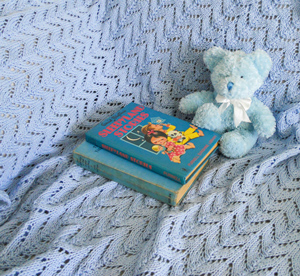 Image of Australian Made Pure Cotton Baby Blanket Kit in two sizes, new baby and cot