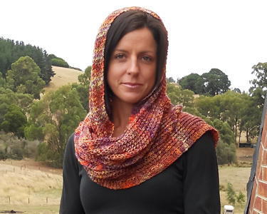 Luxurious wrap, headscarf or scarf in Malabrigo Sock handknitting yarn, pattern now available